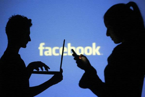 3 ways to Find a friend on facebook